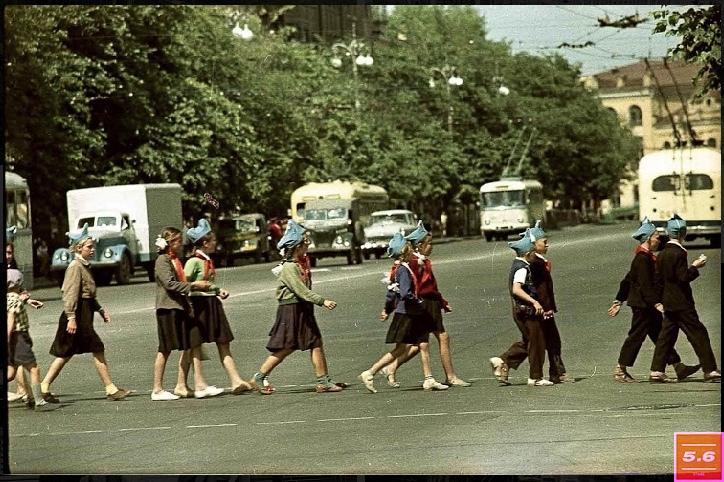 Борис Градов, Киев, 60-е годы ХХ ст. Улица Крещатик, из серии «Крещатик 1960-70е»