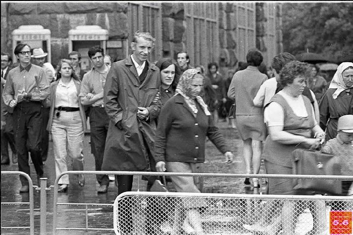 Борис Градов, Киев, 60-е годы ХХ ст. Улица Крещатик #3, из серии «Крещатик 1960-70е»